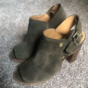TOMMY HILFIGER Olive Green Suede Sandals!